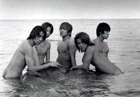 SCANS] Shinhwa Wild Photo 2001: NOT FOR UNDERAGE KIDS | SHCJ Indonesia
