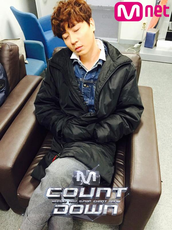 MNET twitter ANDY 220215